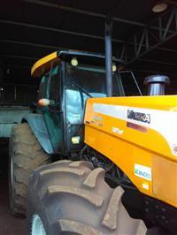 Trator Valtra/Valmet BH 185i 4x4 ano 08