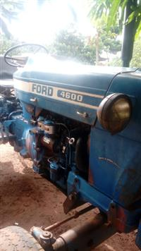 Trator Ford 4600 4x2 ano 80
