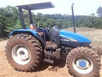 Trator New Holland TL 65 E 4x4 ano 01