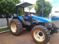 Trator New Holland TL 55 E 4x4 ano 07