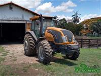 Trator Valtra/Valmet BM 125 4x4 ano 17