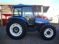 Trator New Holland TL 95 E 4x4 ano 13