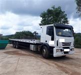 Caminhão Iveco TECTOR 240E28 ano 14