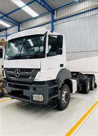 Caminhão Mercedes Benz (MB) 3344 Cavalo ano 14