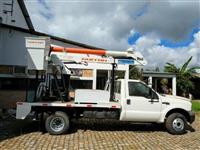 Caminhão Ford F4000 COM CESTO AEREO ano 09