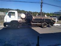 Caminhão Volkswagen (VW) 13150 bomba de concreto ano 06