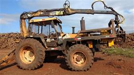 Carregador florestal TMO  (grua) em trator valmet 985
