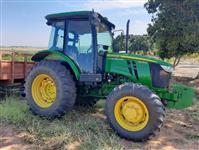 Trator John Deere 5078 4x4 ano 19