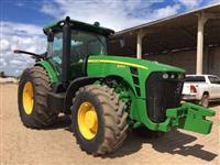 Trator John Deere 8260R 4x4 ano 10