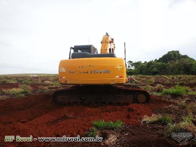 Escavadeira Foton modelo Fr 220
