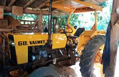 Trator Valtra/Valmet 68 4x2 ano 83
