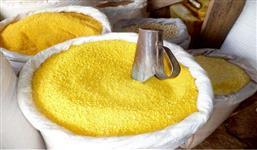 Venda de farinha de mandioca empacotada