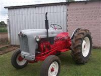Trator Ford 600 4x2 ano 54