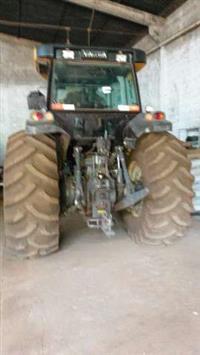 Trator Valtra/Valmet BH 165 4x4 ano 15