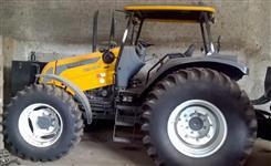 Conjunto Auto Carregavel Hegeza CF6000 com Trator Valtra BM100R ano 2018 NOVO