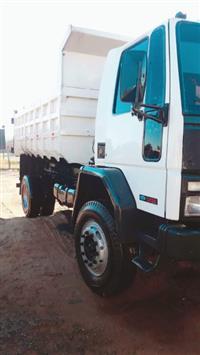 Caminhão Ford Ford Cargo 1617 motor cummis ano 95