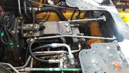 Trator Outros New Holland 4x2 ano 14