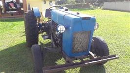 Trator Ford 4x2 ano 66