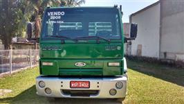 Caminhão Ford C 1317e ano 08