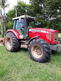 Trator Massey Ferguson 7140 4x4 ano 14