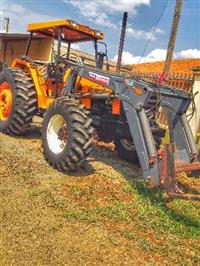 Trator Valtra/Valmet 985 (Turbo) 4x4 ano 98