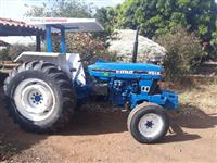 Trator Ford 4610 4x2 ano 85