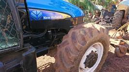 Trator New Holland TL 95 E 4x2 ano 10
