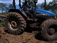Trator New Holland TS 110 4x4 ano 03