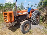 Trator Agrale 4300 4x2 ano 89