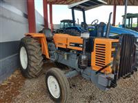 Trator Agrale 4300 4x2 ano 80