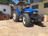 Trator New Holland TM 135 4x4 ano 03