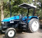 Trator New Holland TL 75 E 4x2 ano 01