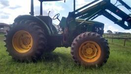 Trator John Deere 6125 4x4 ano 17