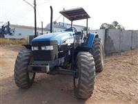 Trator New Holland TM 120 4x4 ano 00