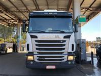 Caminhão Scania R 470 ano 10