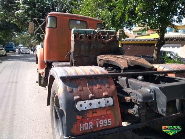 Caminhão Scania Scania Jacaré 111 ano 71