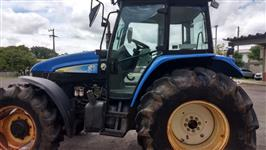 Trator New Holland TS 6040 4x4 ano 11