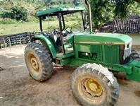 Trator John Deere 6605 4x4 ano 06