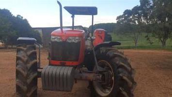 Trator Massey Ferguson 4297 4x4 ano 17