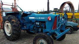 Trator Ford 4600 4x2 ano 82