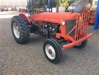 Trator Massey Ferguson 50 X 4x2 ano 65