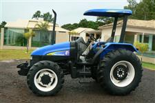 Trator New Holland TL 85 E 4x4 ano 09