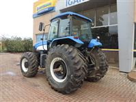 Trator New Holland TM 7020 4x4 ano 10