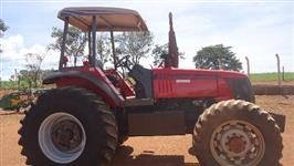 Trator Agrale BX 6150 4x4 ano 06