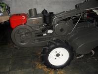 Trator Tobata Mini/Micro 4x2 ano 74